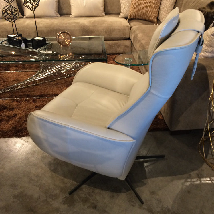 Fjords Axel Power Recliner Side