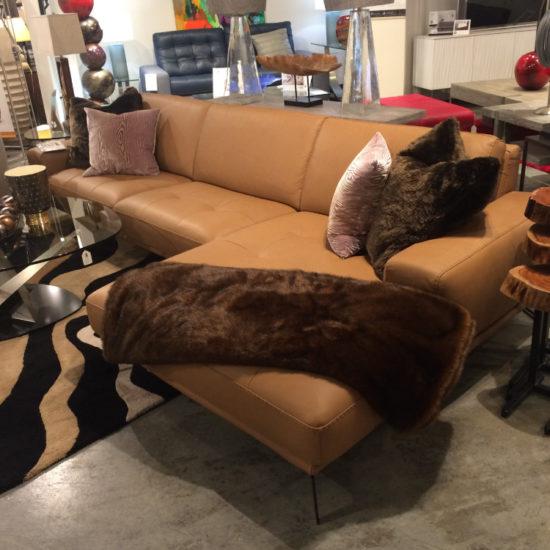 Brera Sofa with Chaise by Bracci