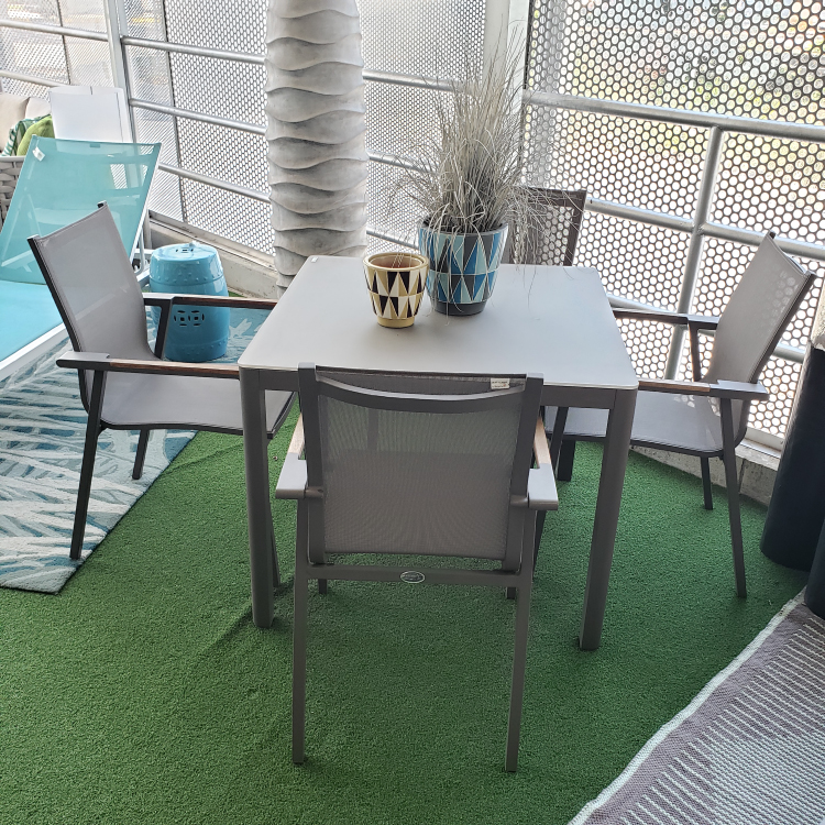 Couture Jardin - Outdoor Table Set