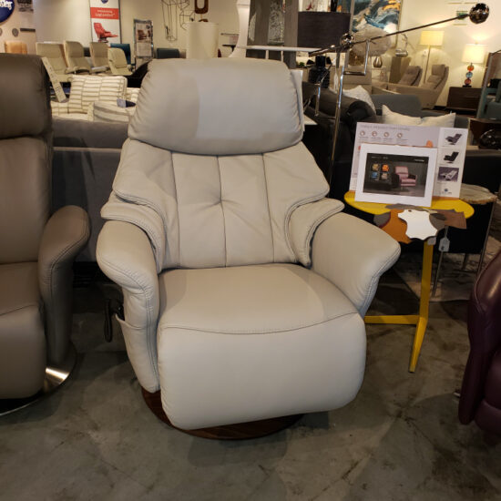 Chester Power Recliner by Himolla