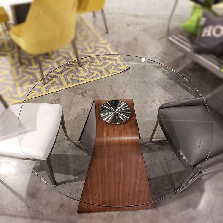 ELITE MODERN Hyper Round Dining Table